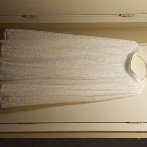 White flour length skirt